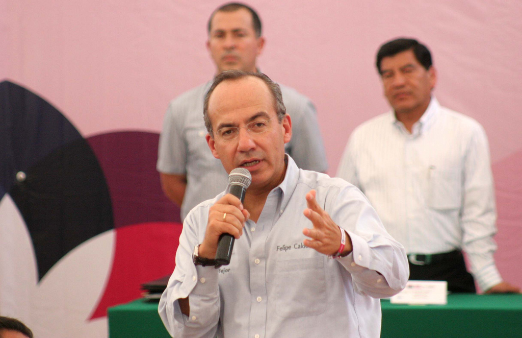 Mexico's former president is thinking to create a new conservative party