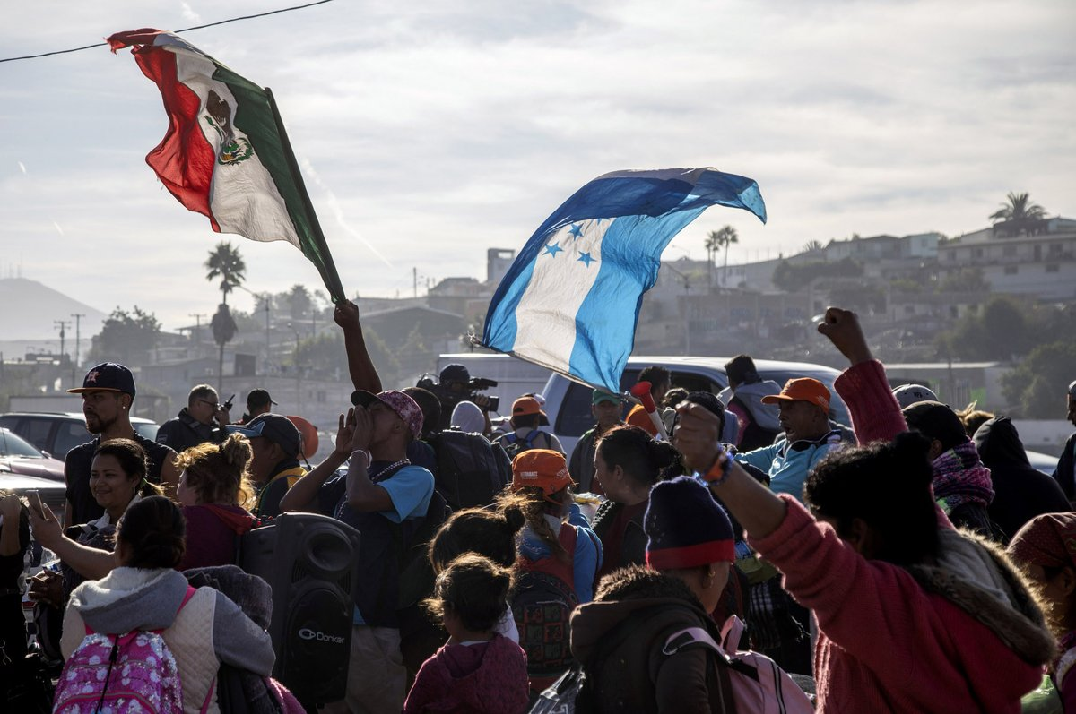A new migrant caravan begins in Honduras